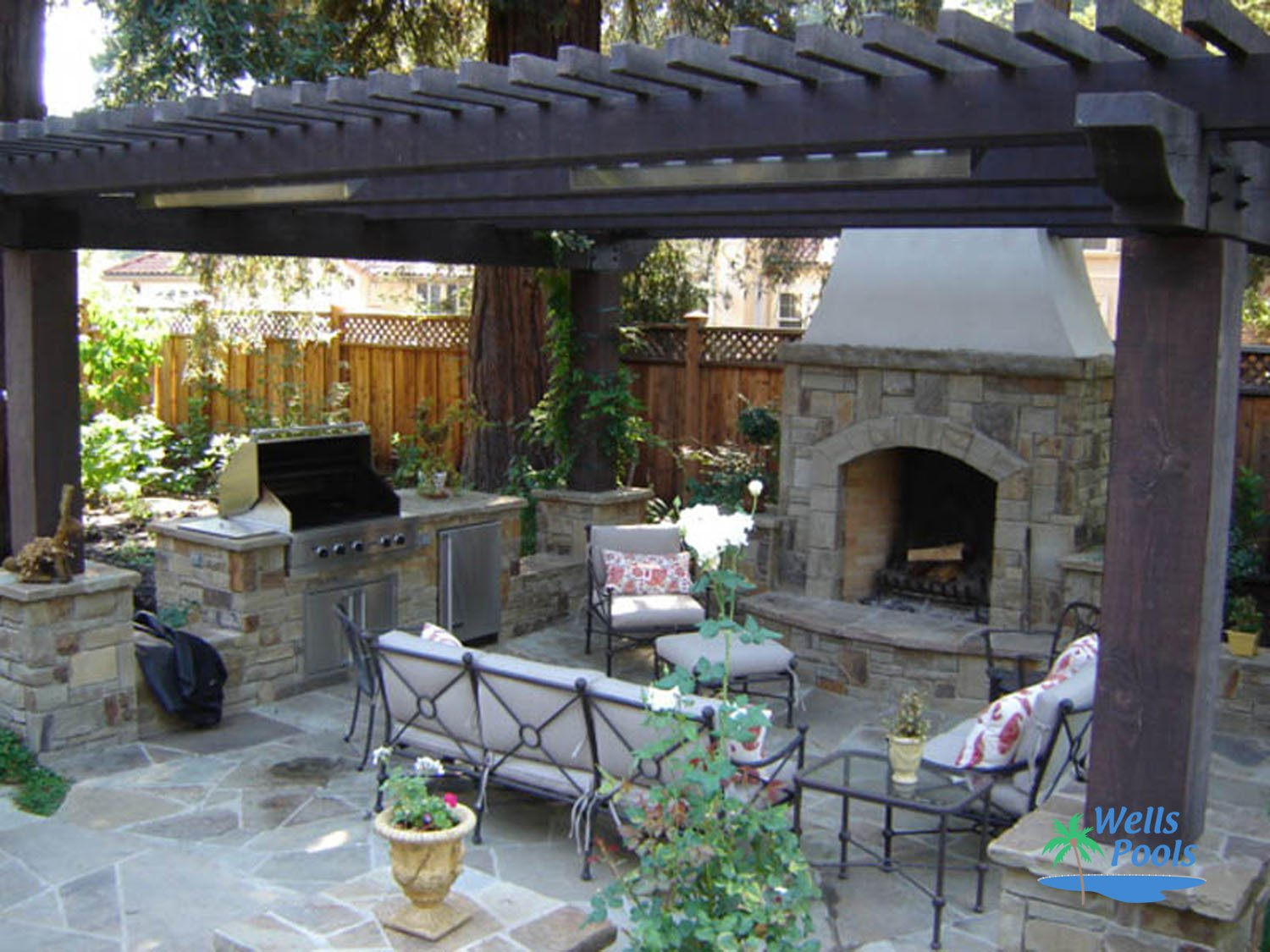 Outdoor Living Outdoor Kitchens Fireplaces Fire Pits Stonework ...