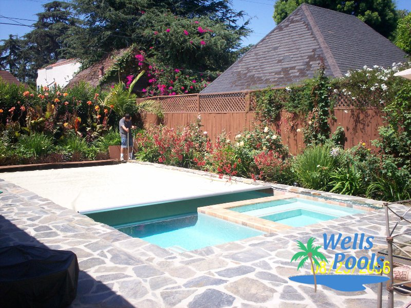 Pool cover specialist sacramento folsom el dorado hills for Pool design roseville ca