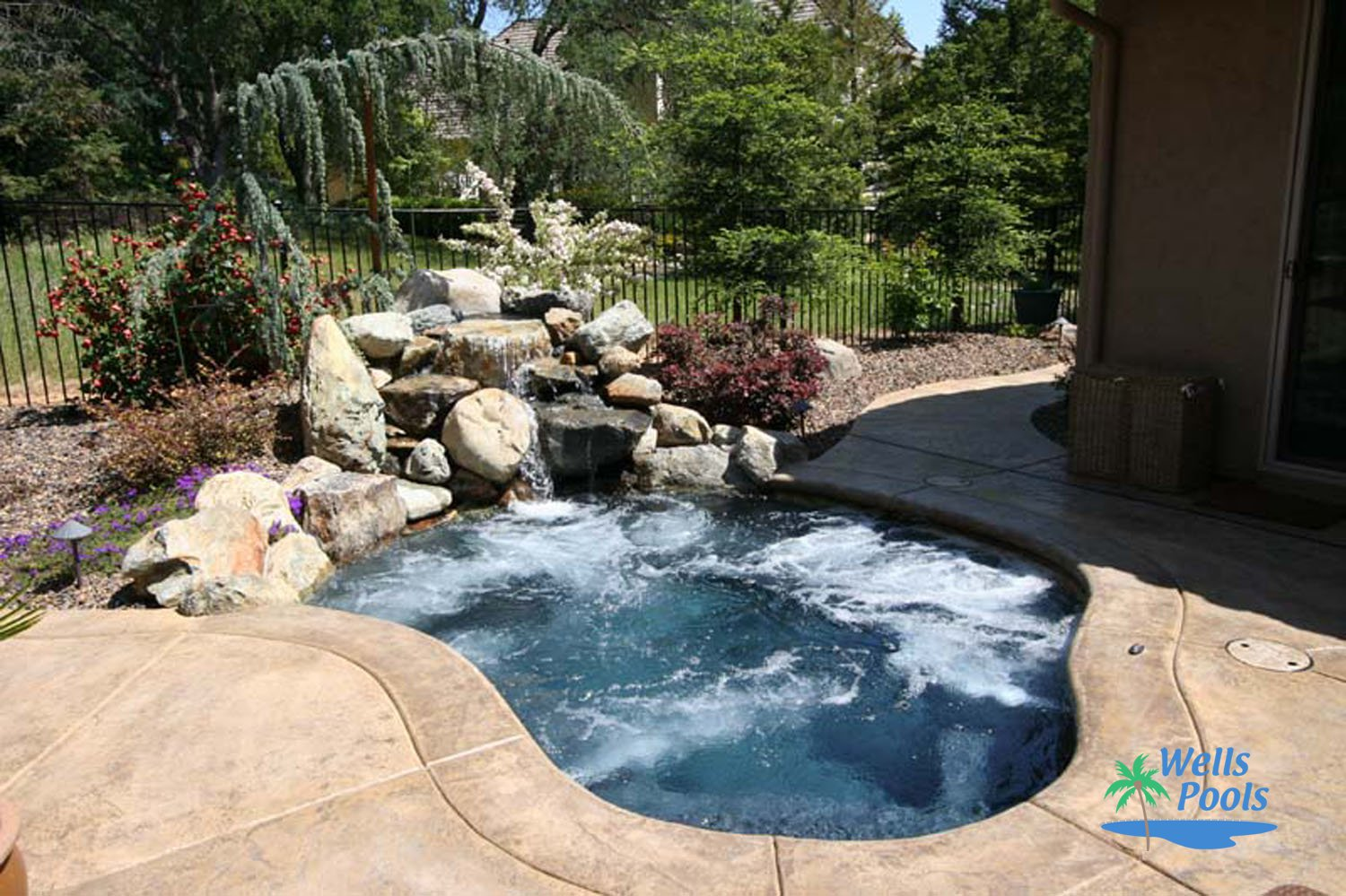 Small pool construction sacramento folsom el dorado for Best small pool designs